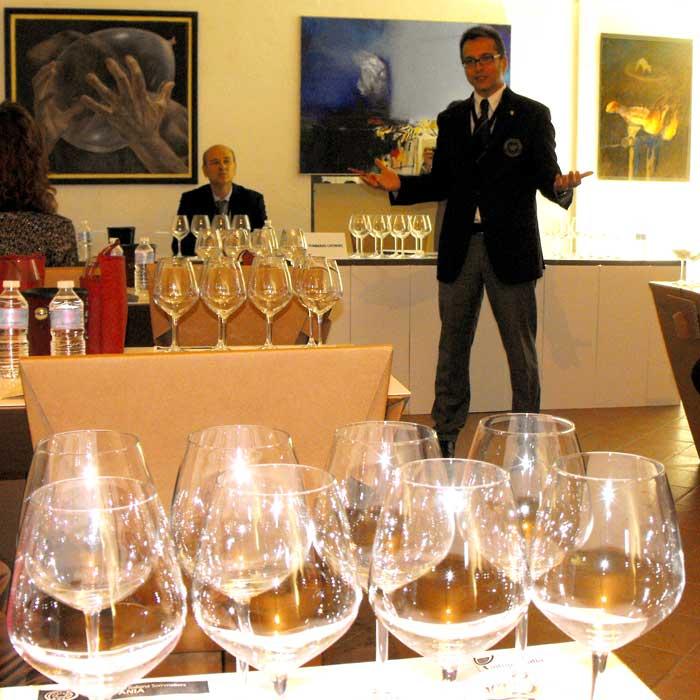 Tommaso Luongo presenta la degustazione