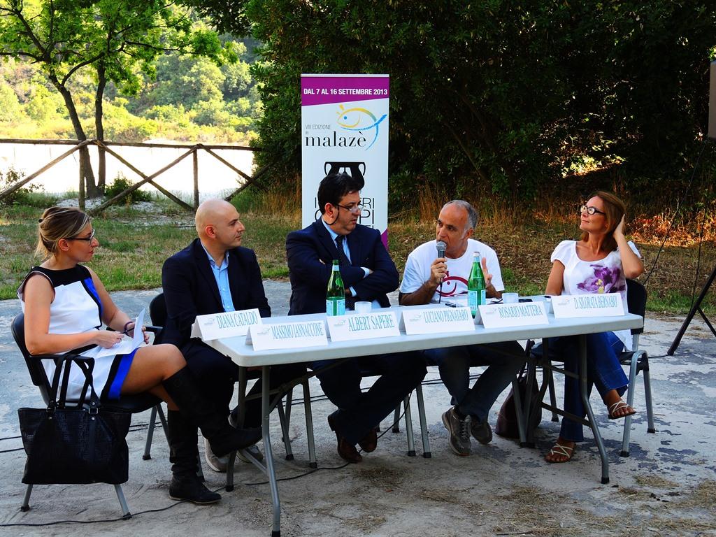 Il tavolo dei relatori di Anteprima Malazè