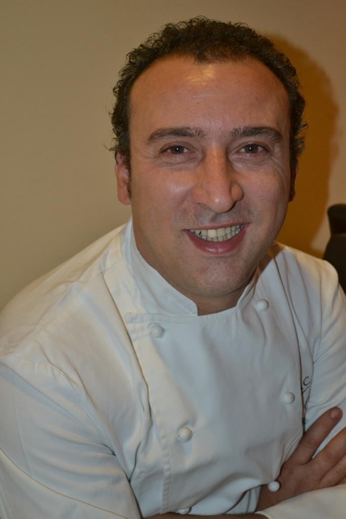 Lo chef Lino Scarallo web