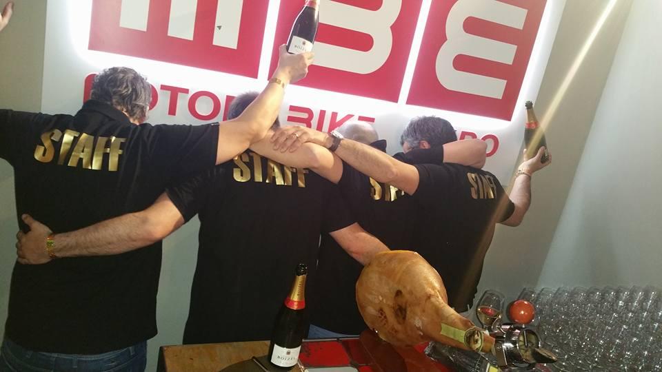 staff champagne mob