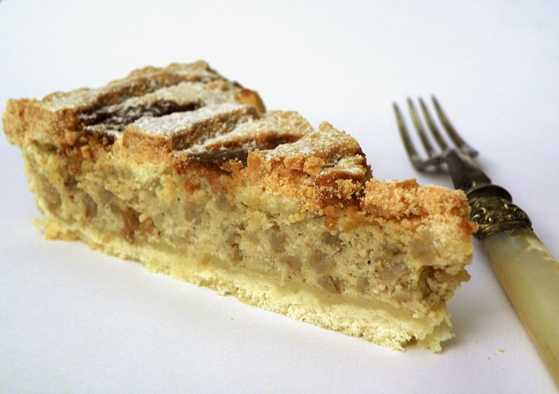 800px-pastiera_slice_-_ready_to_eat