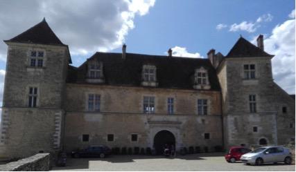 chateau-du-clos-de-vougeot