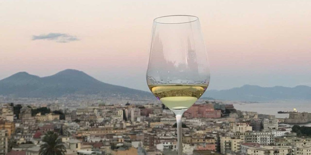 wine-and-the-city-napoli