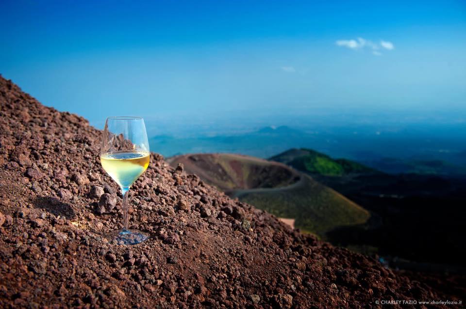 6 settembre, Volcanic Wines, i vini da suoli vulcanici a Napoli